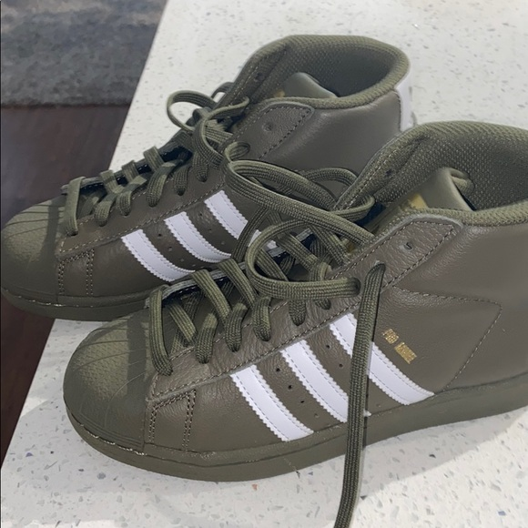 adidas Shoes | Mid Day Top Army Green